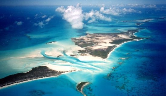 Blog | A cave, a cay and a sandbar: Things we love about the Exuma Cays | MYOUTISLANDS.COM