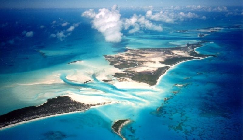 Blog | A cave, a cay and a sandbar: Things we love about the Exuma Cays | caribbeantravel.com