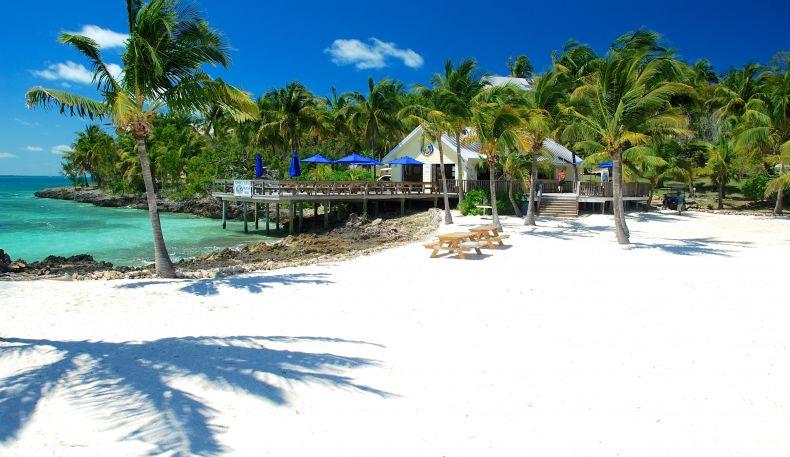 Bluff House Beach Resort Marina Myoutislands